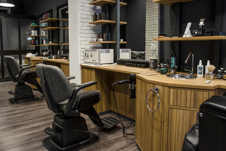 KIBOX-newplanet_barbershop-1